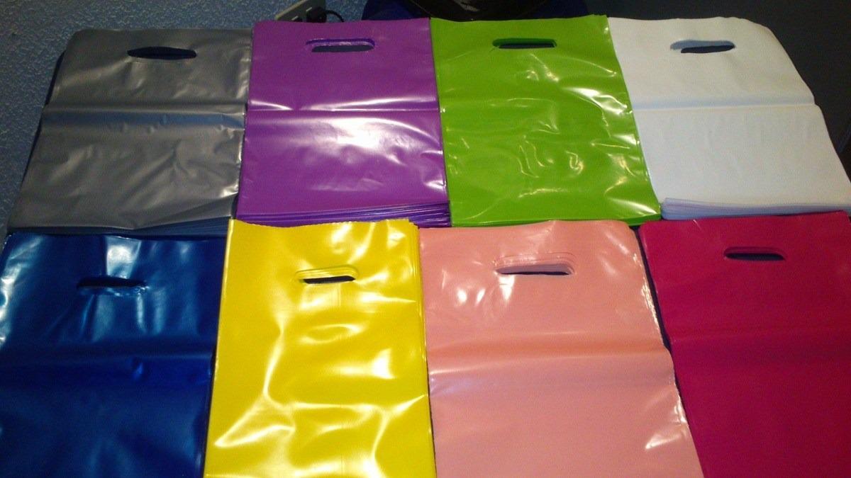 bolsas-plasticas-boutique-20×30-blancascolores-d_nq_np_562811-mlv20633853660_032016-f